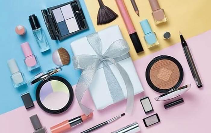 Интернет-магазин парфюмерии и косметики Aroma-butik.